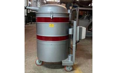 Aspirador de pó Industrial MAQ 355